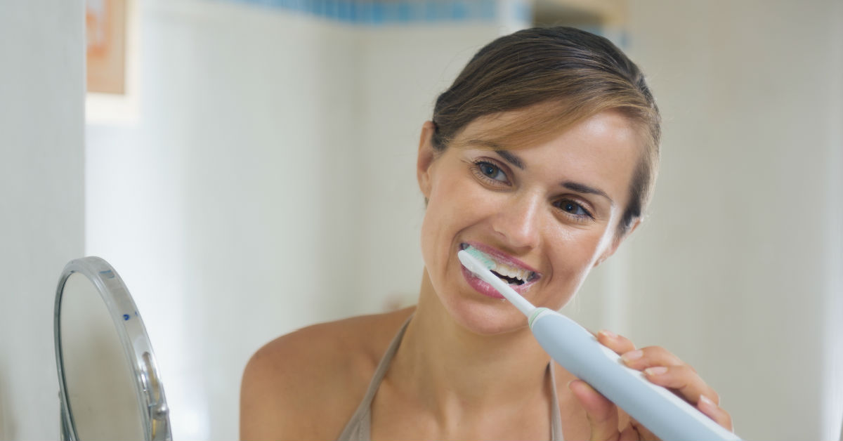 How To Brush Your Teeth With An Electric Toothbrush